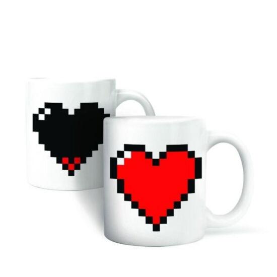 Színváltós pixel szív bögre
